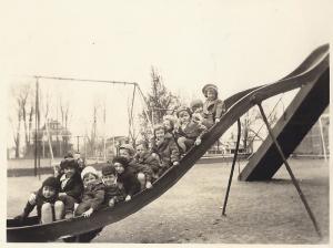 Kindergarten Slide 1932